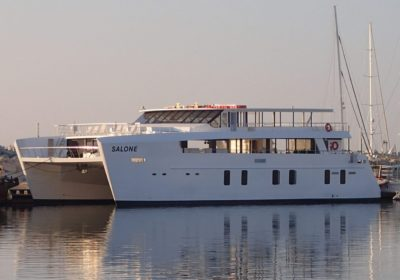 catamaran-limassol-salone-Main Photo